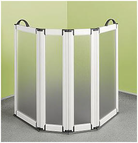 Portable shower screens